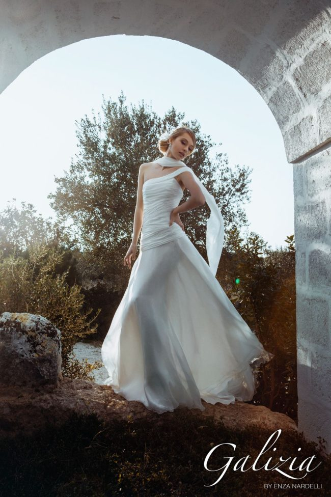 Galizia Spose by Enza Nardelli - Mod: Ragazzi che si amano